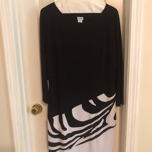 Black & White Print Cache Dress